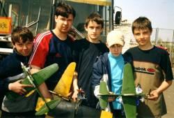 2000 год Сборная команда авиамоделистов Дворца на городских соревнованиях по кордовым моделям