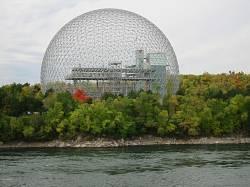 Музей Биосфера в Монреале, построенный по проекту Р. Б. Фулера